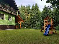 dětské hřiště - chalupa ubytování Návsí