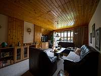 Horní obývací pokoj