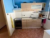 Kuchyň - chalupa k pronájmu Dolní Bečva