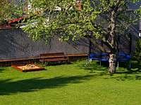 Ubytování k pronajmutí se zahradou v Bystřici pod Hostýnem