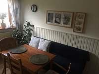 dolní apartmán-kuchyň - pronájem Halenkov