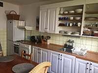 dolní apartmán-kuchyň - k pronajmutí Halenkov