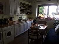 dolní apartmán-kuchyň - k pronájmu Halenkov