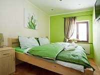 zelený pokoj v apartmánu U Ospalca