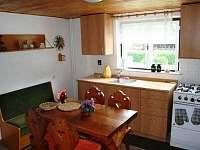 Kuchyně - chalupa k pronájmu Dolní Bečva