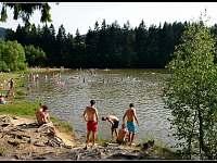 Přehrada Horní Bečva - 3 pláže (přírodní, písčitá, u hráze), půjčovna šlapadel..