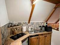 Kuchyň - chata k pronájmu Rajnochovice