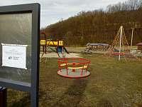 Dětské hřiště v Lužné -