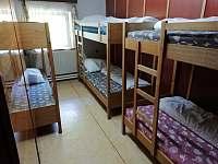 Ubytování - pokoje - chata k pronájmu Lužná