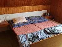 ložnice - chata k pronajmutí Čeladná