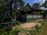 pohled na terasu po dokončení - chata k pronájmu Nový Hrozenkov