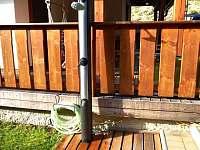 Sprcha s hadicí na kola - Velké Karlovice