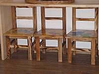 Stoličky pro nejmenší - chalupa k pronajmutí Velké Karlovice