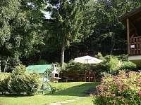 Hezká zahrada - vyžití pro dospělé i děti - chata k pronajmutí Trojanovice