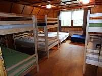1. ložnice v patře