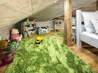 """Apartmán """"Nebe"""" dětský koutek - pronájem rekreačního domu Dolní Lomná"""