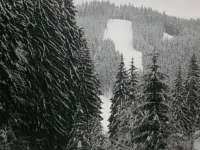 Lyžařský vlek Ski areál RAZULA - 400 m od chalupy.