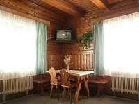 Společenská místnost - chalupa k pronájmu Velké Karlovice