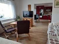 malý apartmán_obývák - Hutisko Solanec
