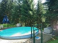 bazén - chata k pronájmu Horní Bečva