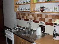 Apartmán v domě majitelů kuchyňka - chata k pronajmutí Lužná u Vsetína