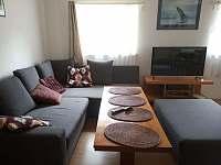 Obývací místnost - chata k pronájmu Kunčice pod Ondřejníkem
