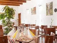 restaurace sál - Frenštát pod Radhoštěm