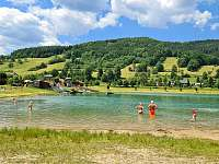 """Blízké jezero """"Kačák"""" neboli Balaton v Novém Hrozenkově - pronájem chalupy Nový Hrozenkov"""