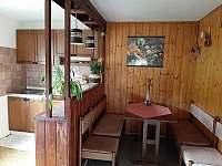 U Milušky - kuchyň - pronájem chalupy Velké Karlovice