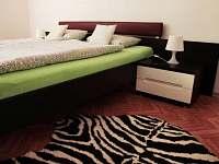 Pokoj č. 3 - dvojlůžkový (manželská postel)