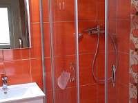 Koupelna v prvním patře.