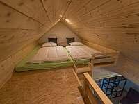 spaní v podkroví v pokoji č.1 - Kunčice pod Ondřejníkem