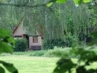 Pohled na Bylinkovou chaloupku z louky - pronájem chaty Frýdlant nad Ostravicí