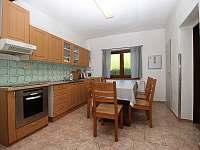 Kuchyň - pronájem chaty Valašské Klobouky