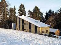 Zimní pohled na chatu - ubytování Valašské Klobouky