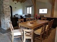 Chata ALDI, stůl - k pronájmu Prostřední Bečva