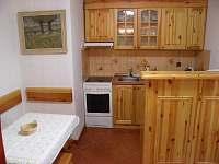 Kuchyň - chata k pronájmu Řeka