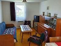Obývací pokoj - chata k pronájmu Frýdlant nad Ostravicí