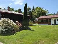 Pohled z vjezdu do zahrady - chata ubytování Frýdlant nad Ostravicí