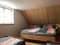 Ložnice pro 4 osoby - Bzové