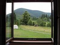 Výhled z okna ložnice