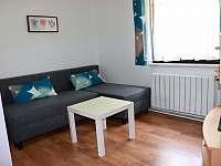MA-obývací pokoj - chalupa k pronájmu Trojanovice