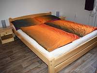 malý apartmán- ložnice - Trojanovice