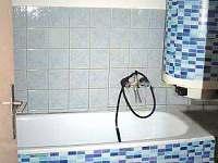 koupelna - chalupa k pronájmu Halenkov