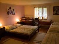 ložnice č.1 - chalupa k pronajmutí Halenkov