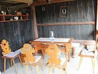 venkovní posezení v části domu - Halenkov