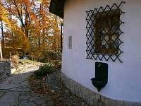 Chalupa Rotunda v Kunčicích pod Ondřejníkem - severní strana - k pronájmu