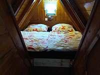 podkrovní druhá ložnička
