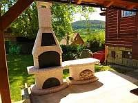venkovní gril - chata k pronájmu Dolní Lhota u Luhačovic