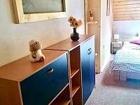 Pokoj č.1 (2+2 osoby) + vlastní koupelna - chata k pronájmu Ostravice